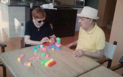 Comprendre la perte d'autonomie chez les personnes âgées